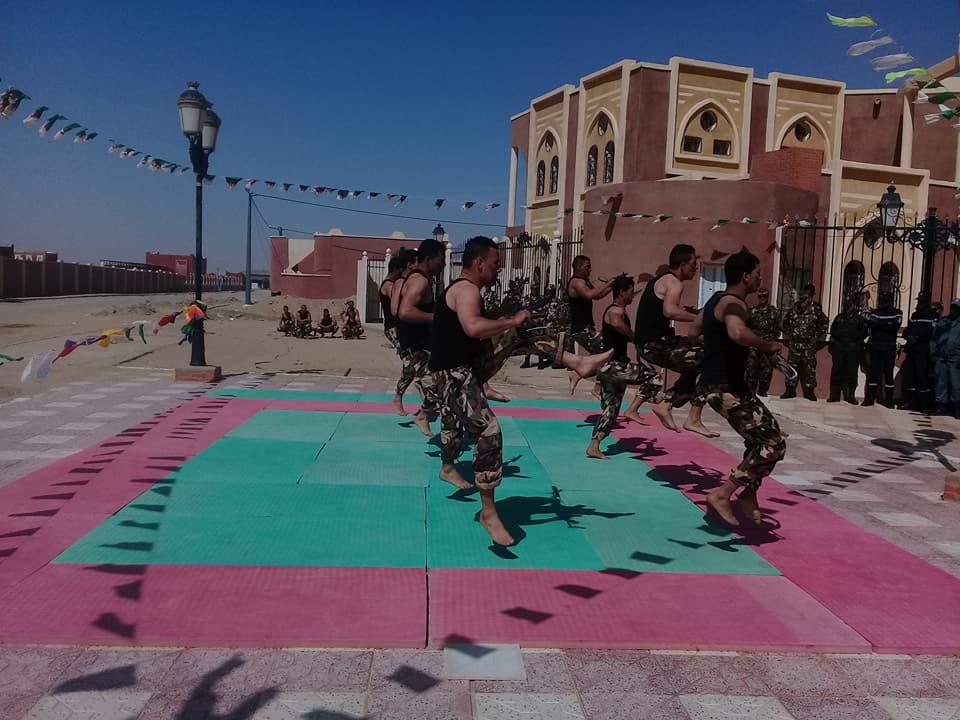 موسوعة الصور الرائعة للقوات الخاصة الجزائرية - صفحة 63 41759075684_a00632b506_o