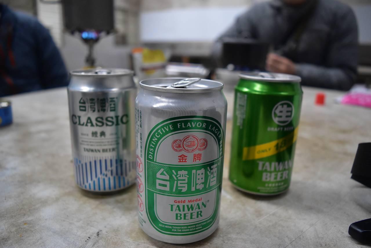 台湾・雪山 シチカ山荘でビール