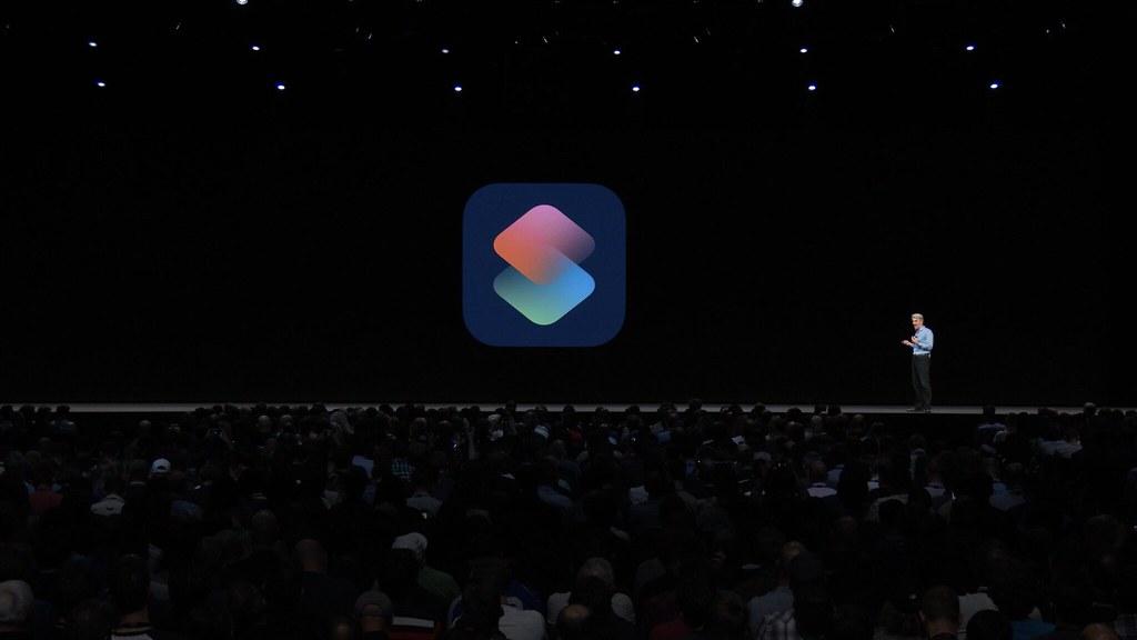 ルーティーンとアプリを組み合わせて音声で呼び出す「Siriショートカット」