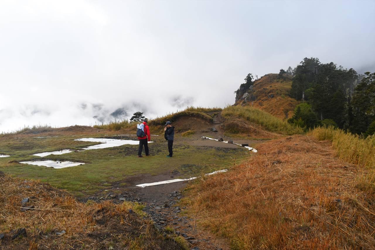 台湾・雪山稜線のヘリポート