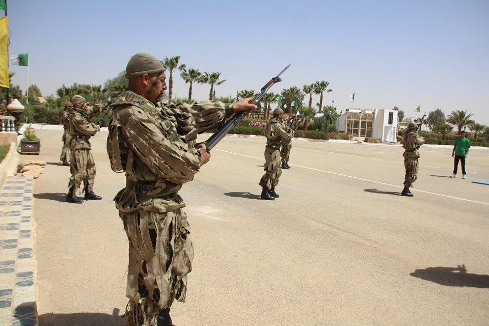 موسوعة الصور الرائعة للقوات الخاصة الجزائرية - صفحة 64 27962708447_e7ac6f9c35_o