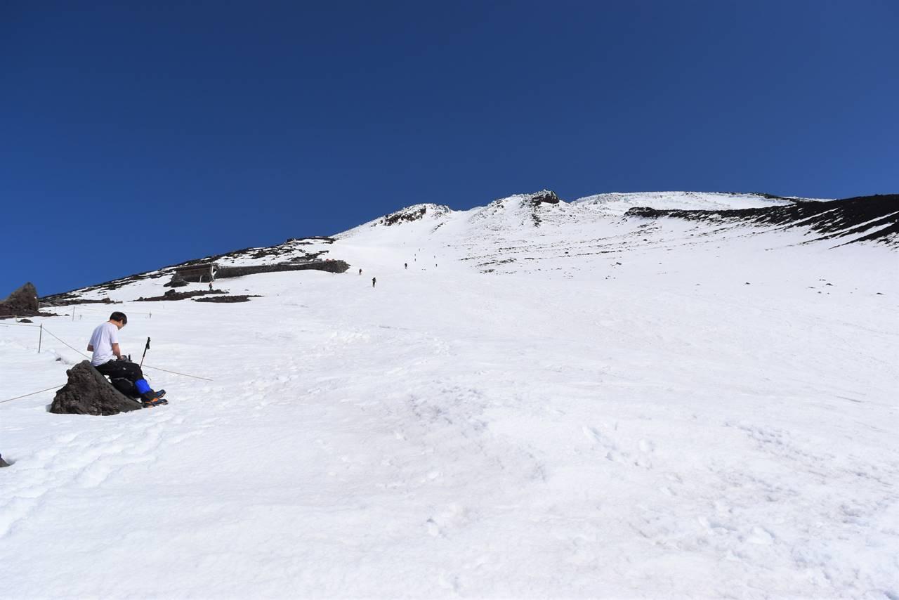 富士山 雪の富士宮コース登山道