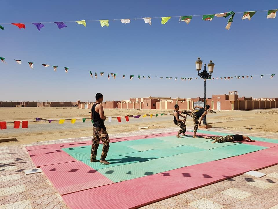 موسوعة الصور الرائعة للقوات الخاصة الجزائرية - صفحة 63 27610822407_f92719d15a_o