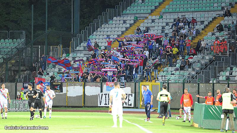 100 fantastici tifosi rossazzurri a Siena