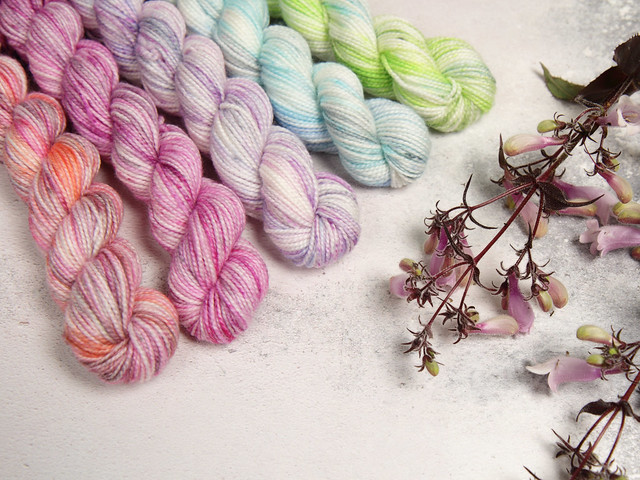 Sock mini skeins hand-dyed gradient pack/fade kit superwash merino blend yarn 100g – 'Pastel Pop'