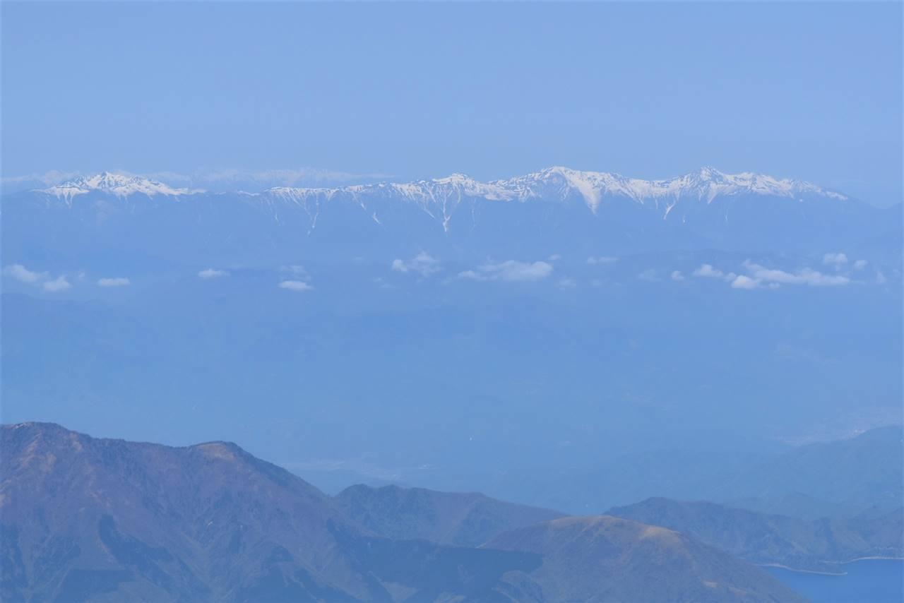 富士山から南アルプスと中央アルプスの展望