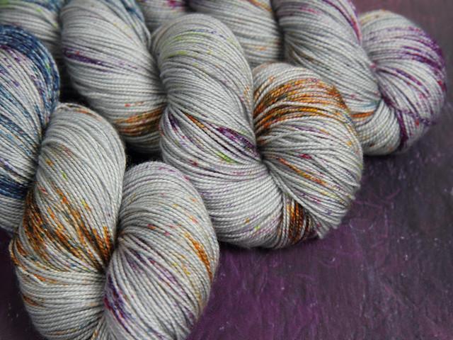 Favourite Sock – hand-dyed superwash merino wool yarn 4 ply/fingering 100g – 'Ore'