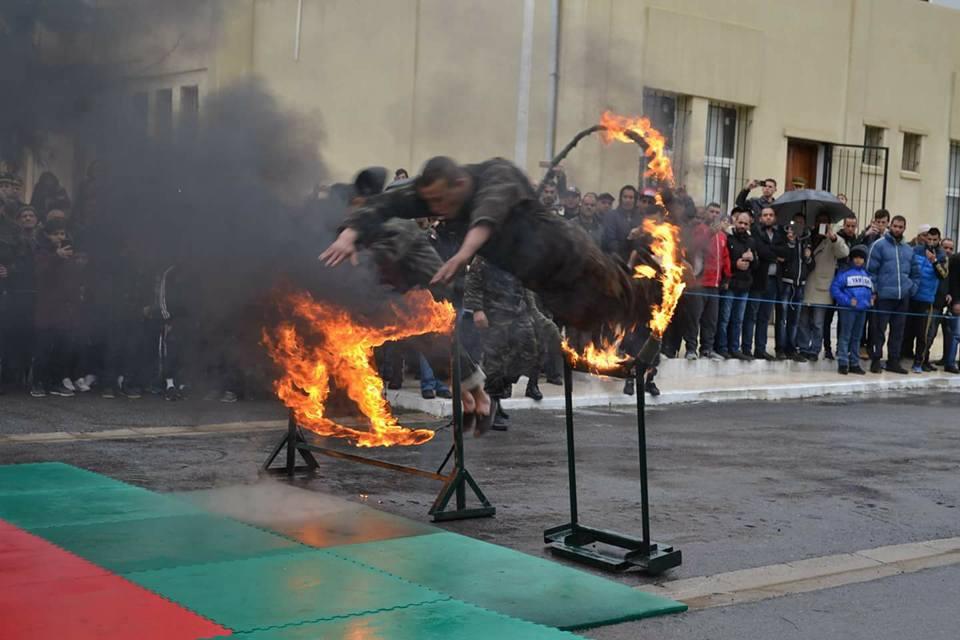 موسوعة الصور الرائعة للقوات الخاصة الجزائرية - صفحة 64 40902561770_d10b91e928_o