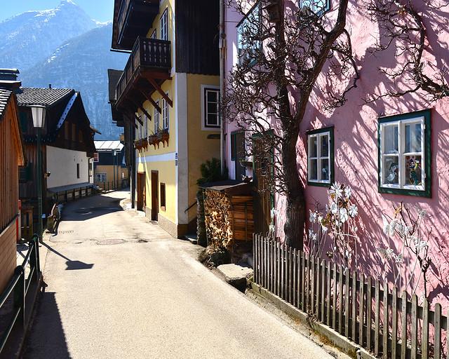 Fachadas de las casas del pueblo de Hallstatt, el pueblo más bonito de Austria