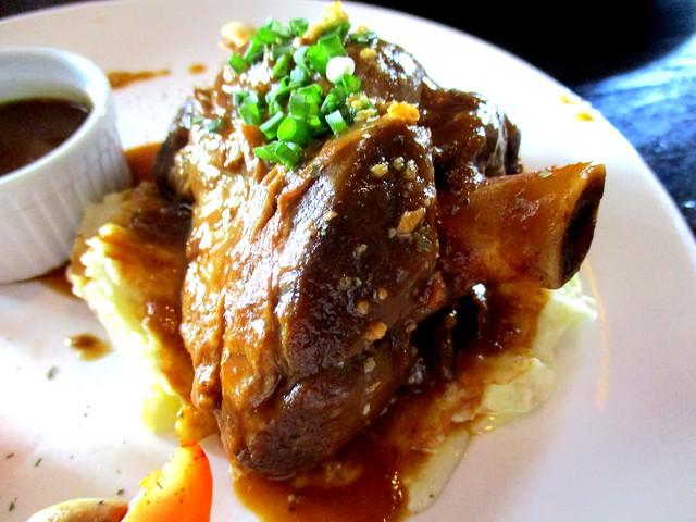 Le Cafe lamb shank 2