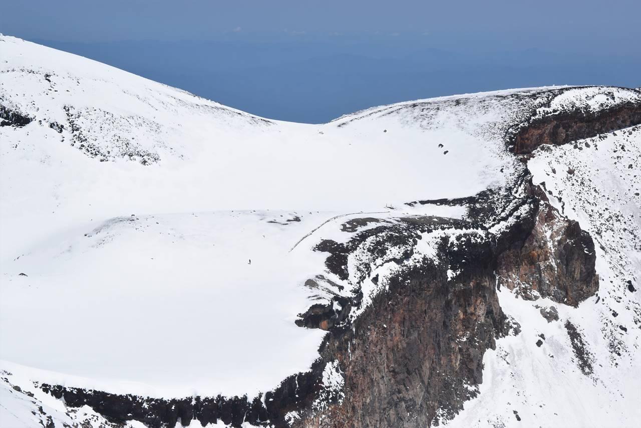 富士山・雪の御鉢