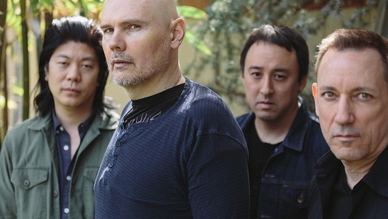 "Smashing Pumpkins comparten el video de ""Solara"", primer single de su reunión"