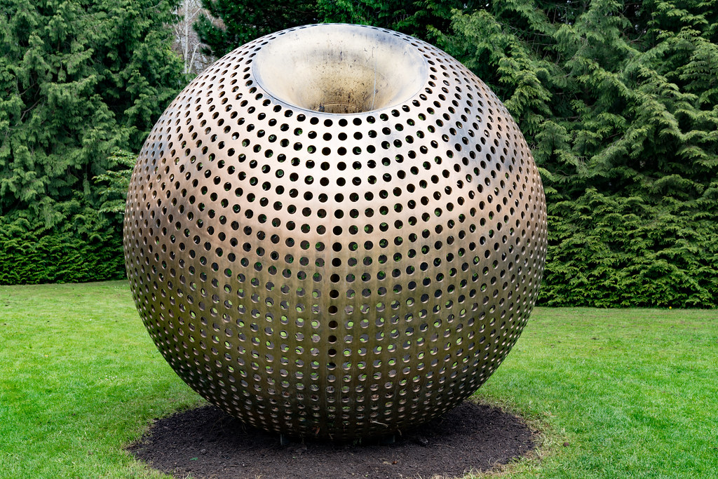 CONVERGENCE BY BRIAN KING [LOCATED AT FARMLEIGH] 006