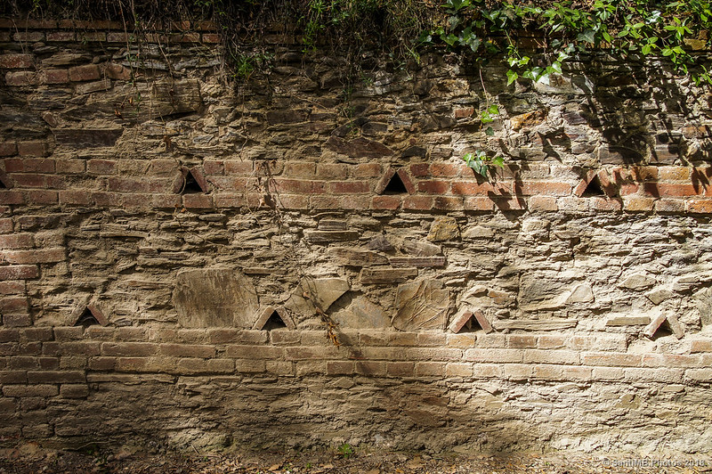 Muro de contención del camino de Can Valldaura