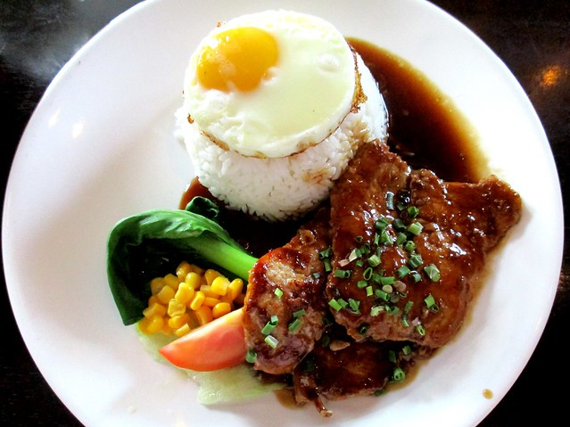 Le Cafe Hong Kong pork rice 1