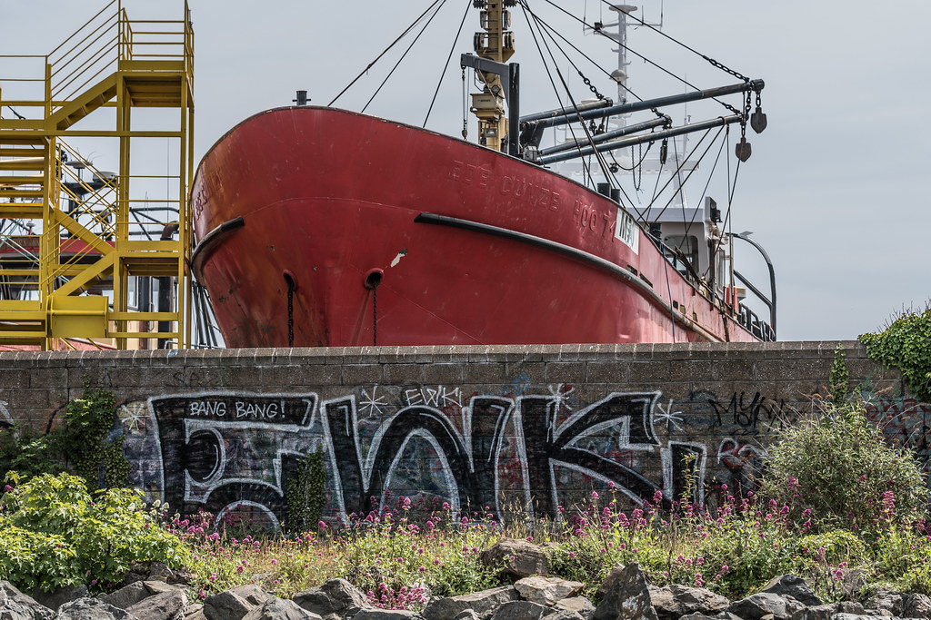 AN ACTIVE BOATYARD IN HOWTH 003