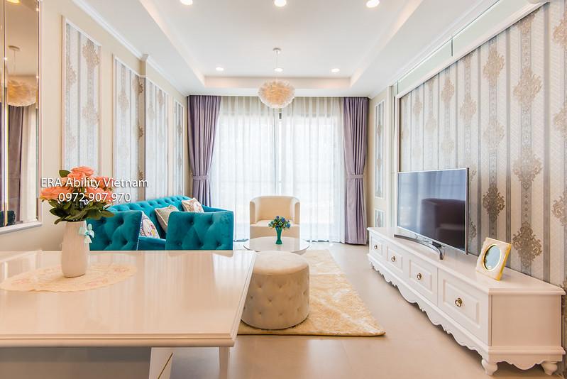 Phòng khách căn hộ Goldview cho thuê