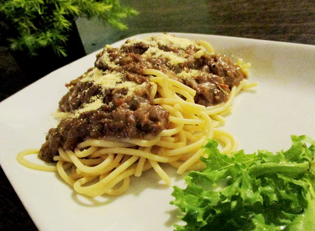 Payung Cafe beef spaghetti bolognese