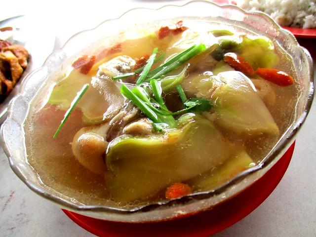 SYARIKAT KIONG CHUONG CAFE luak chai too kha soup