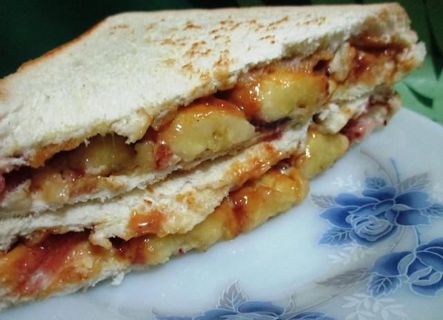 Elvis sandwich 1