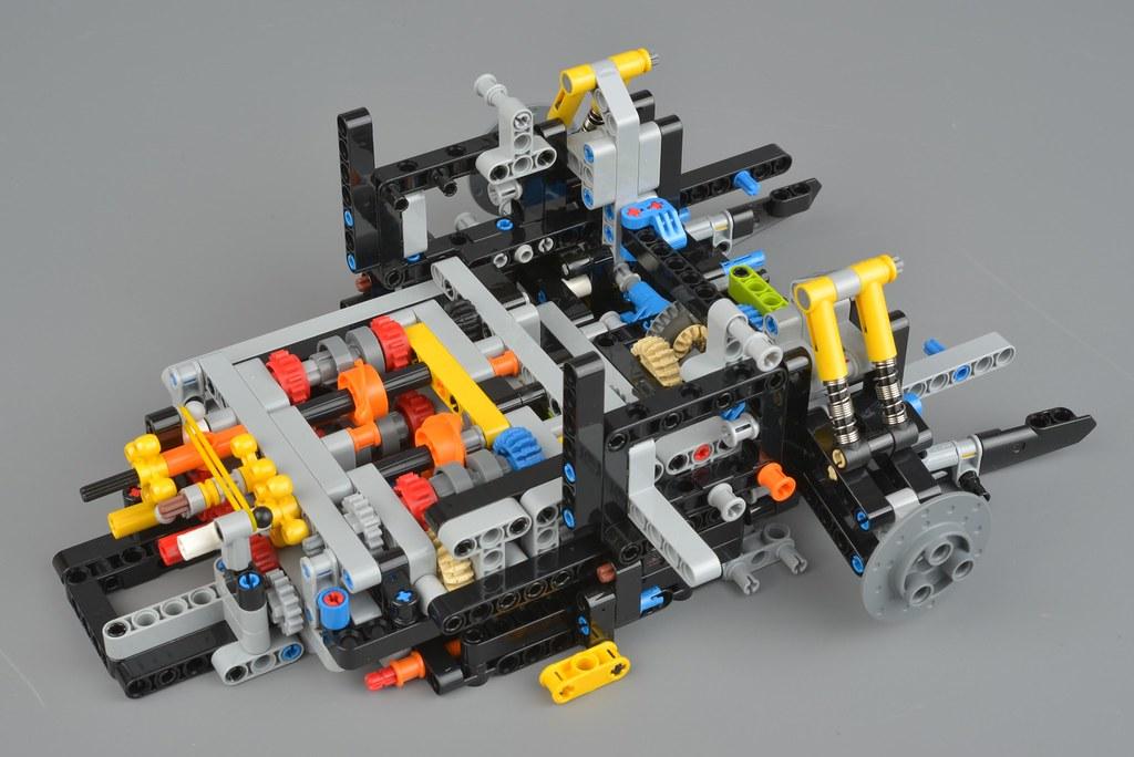 Lego Technic 42083 Bugatti Chiron Review Brickset Lego Set Guide