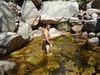 Baignade dans le ruisseau de Funtane Rosse