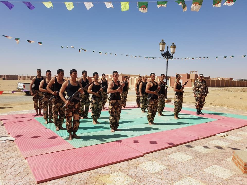 موسوعة الصور الرائعة للقوات الخاصة الجزائرية - صفحة 63 27610821007_c8388e995b_o