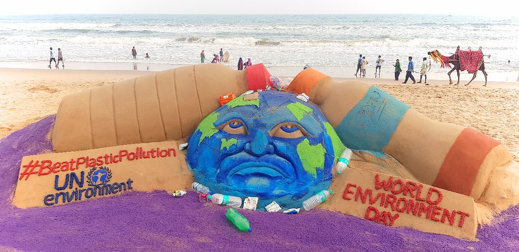 World Environment Day – Sand Art on Puri Beach – Awareness to Beat Plastic Pollution