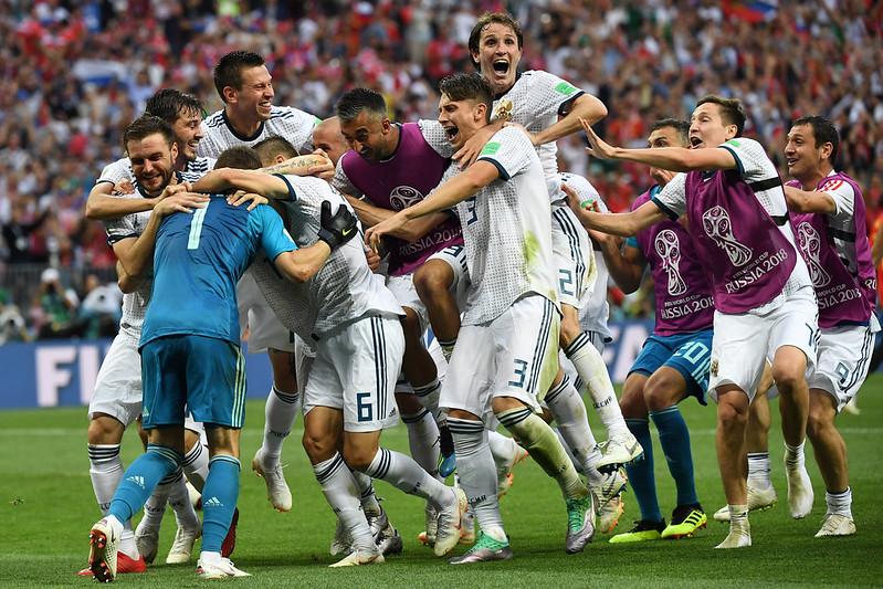 地主俄羅斯慶祝在PK大戰勝出。(AFP授權)