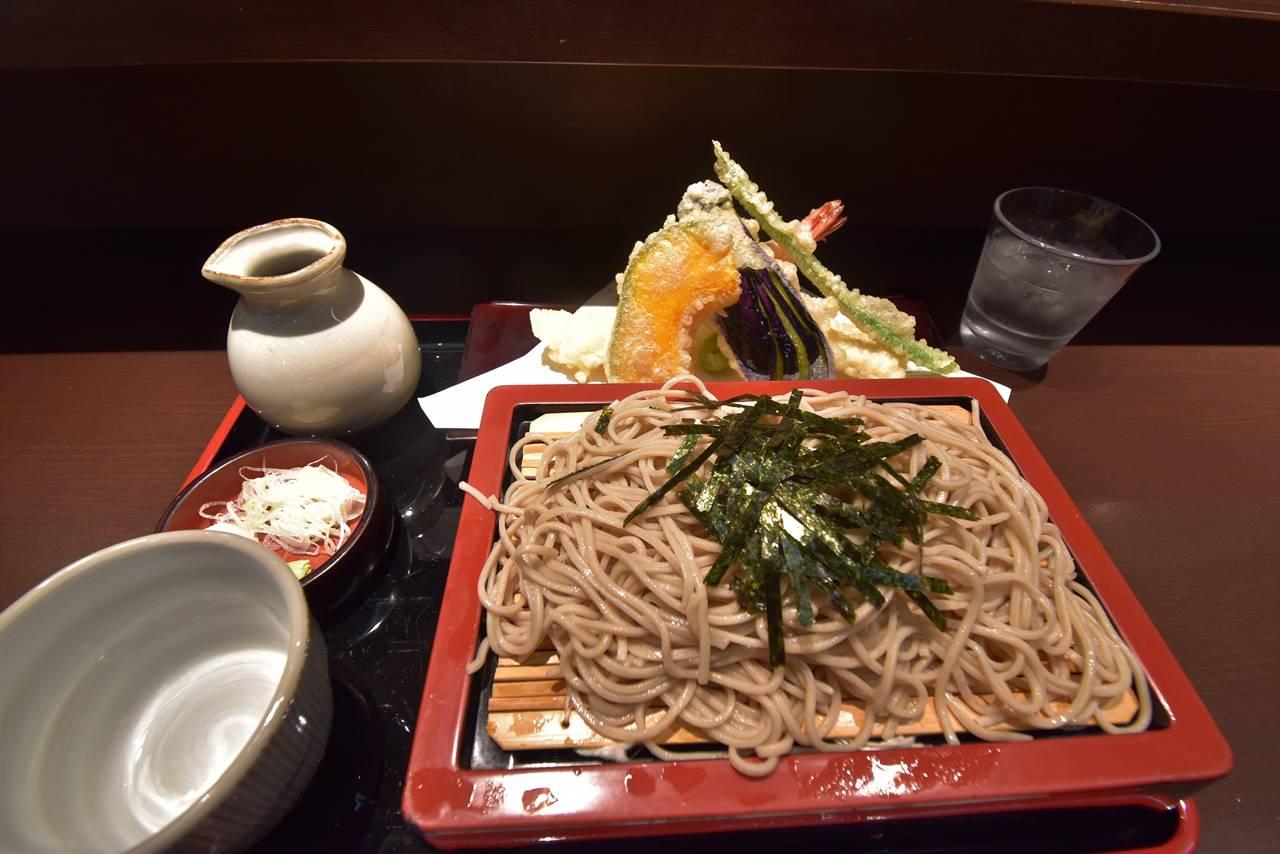 山形駅で食べた天ぷらそば