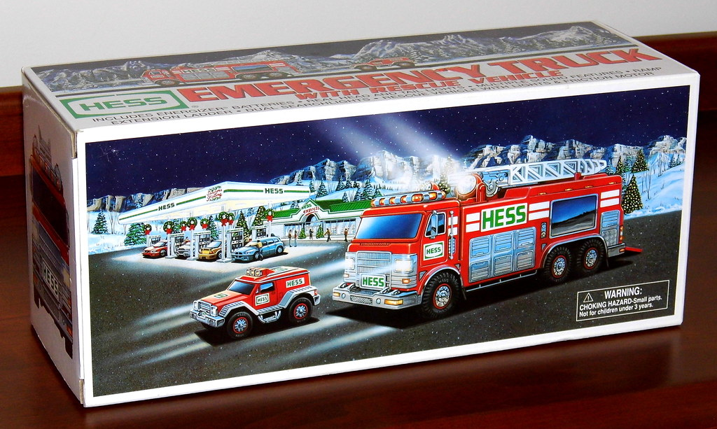 New Hess Truck 2018 >> 2005 Hess Toy Truck, Hess Emergency Truck With Rescue Vehi… | Flickr
