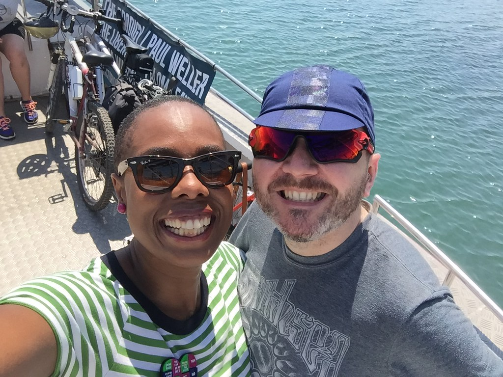 jools-walker-ladyvelo-ian-james-cycling-brompton-hayling-ferry