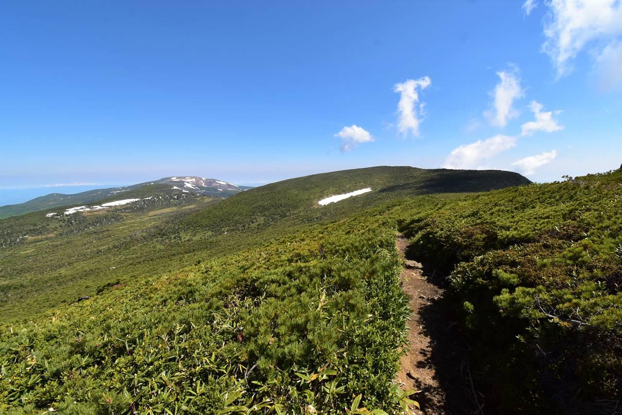 蔵王連峰 南屏風岳から刈田岳へ稜線登山