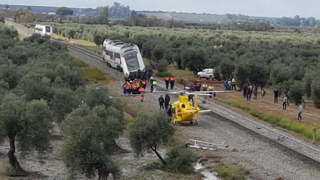 AionSur 43169747611_504beff609_z_d Qué pasó el día del descarrilamiento del tren ocurrido en Arahal, según el informe de la Guardia Civil Arahal
