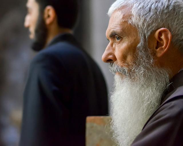 Uno de los sacerdotes de barba blanca que encontré en el Santo Sepulcro de Jerusalén