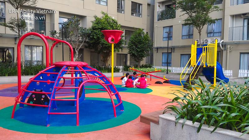 Khuôn viên Khu vui chơi trẻ em rộng rãi