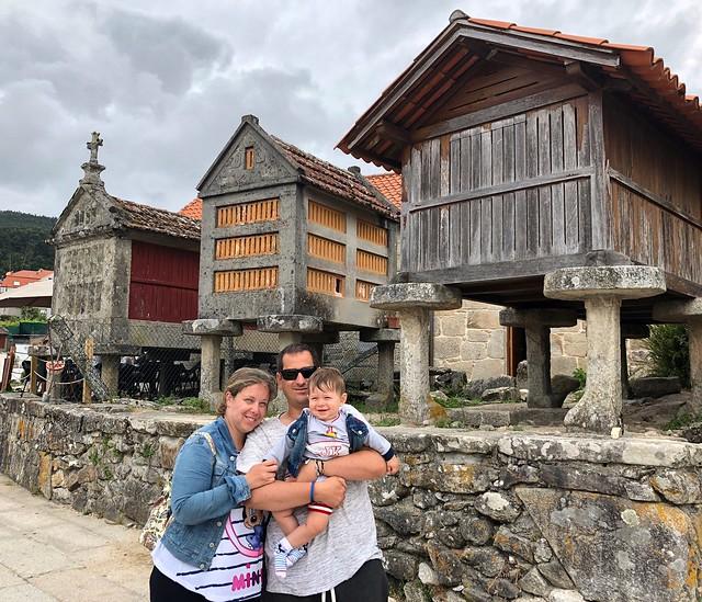 Rebeca, Sele y Unai en Combarro (Galicia)
