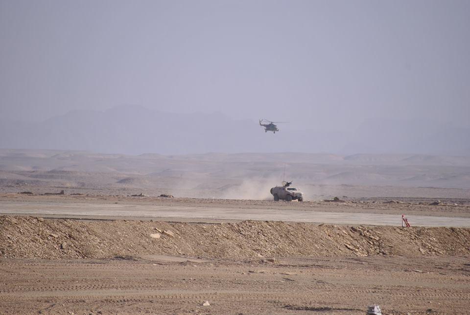 الصناعة العسكرية الجزائرية عربات ( النمر )  - صفحة 9 29151256818_e4479bbeda_o
