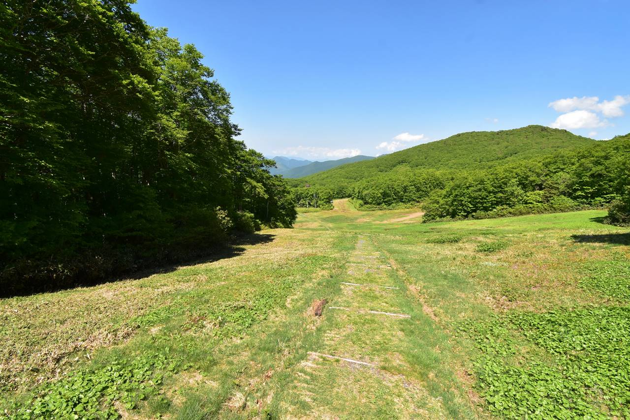 蔵王山登山 ドッコ沼へ