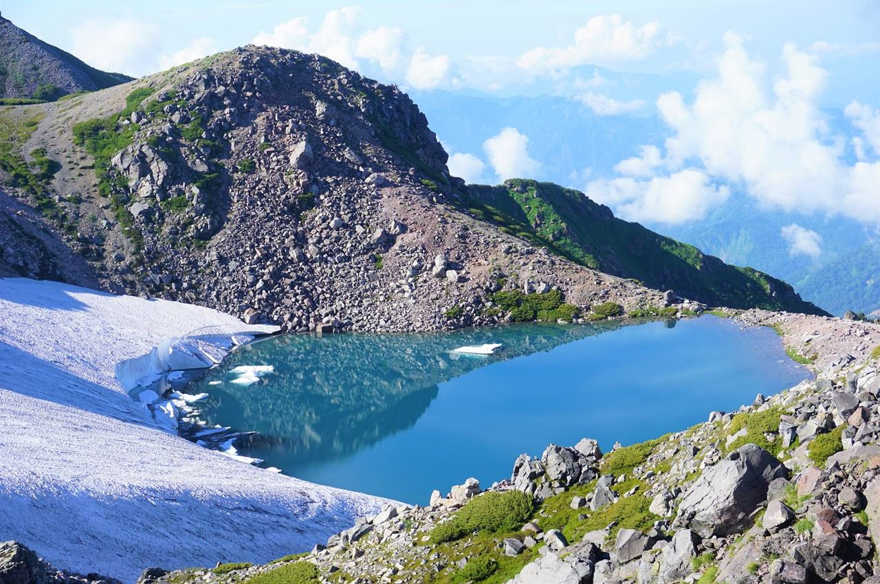 白山 山頂の御池