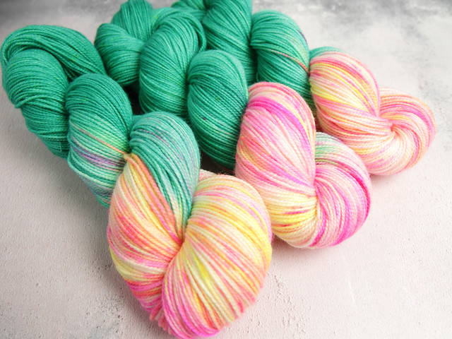 Favourite Sock – hand-dyed pure merino superwash wool 4 ply/sock yarn 100g – 'Piña Colada'