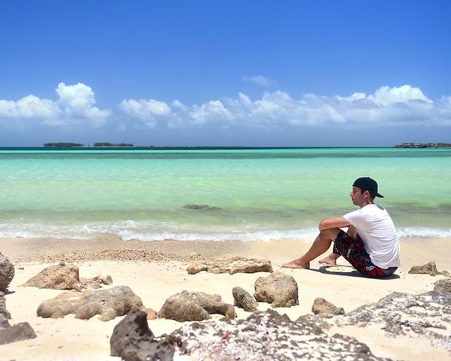 Diario de un Mentiroso frente a las aguas de playa Pilar en Cayo Guillermo