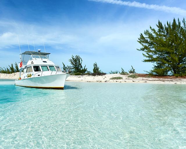 Barco excursión a la isla de las Iguanas en Cayo Largo del Sur