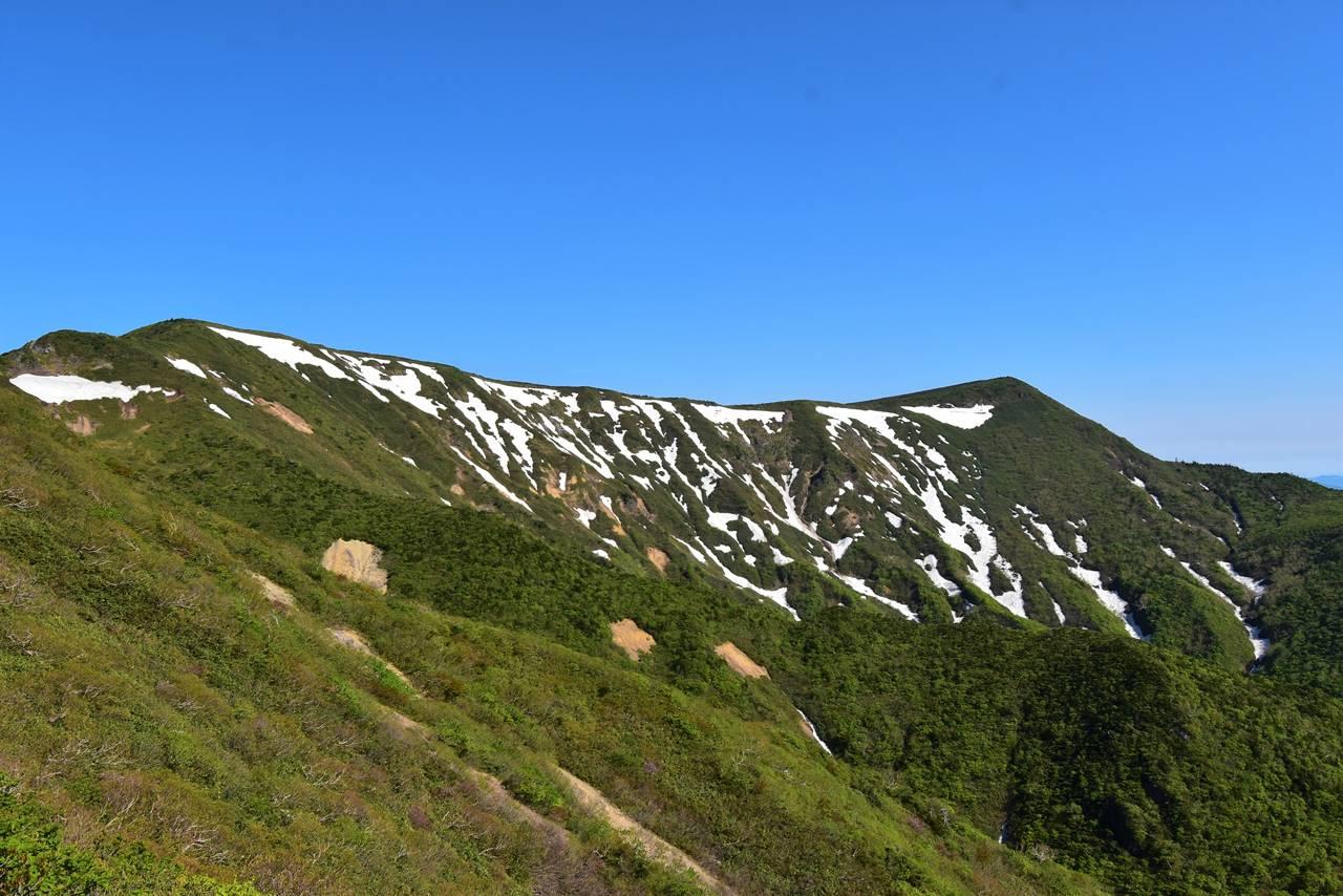 不忘山から屏風岳への稜線