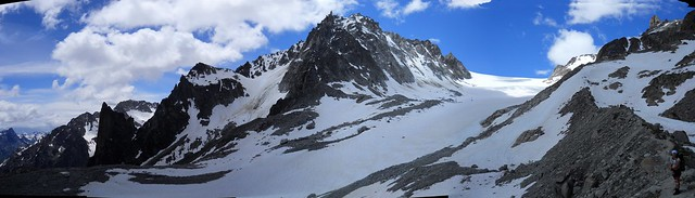 Cabane d' Orney above the Glacier d' Orney