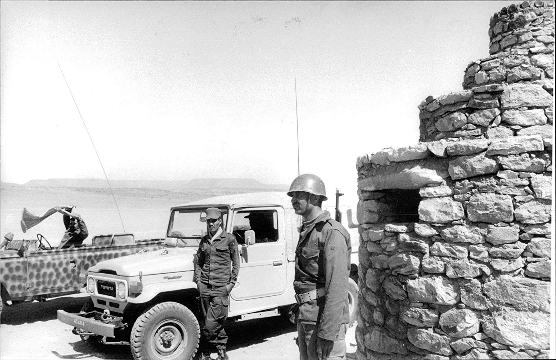 Le conflit armé du sahara marocain - Page 10 41584923430_164516675e_o