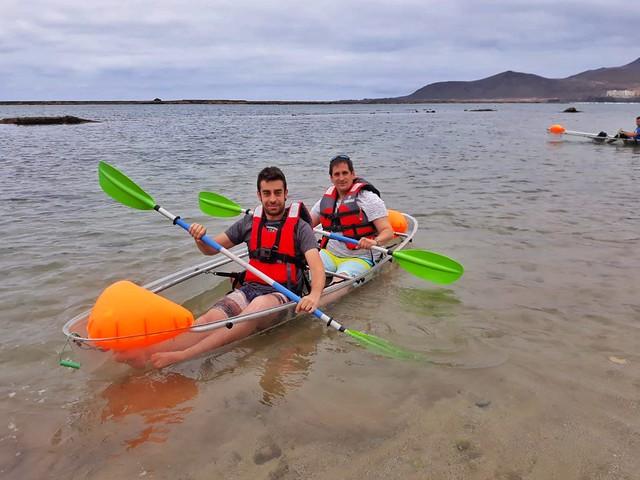 Haciendo kayak en la playa de Las Canteras (Las Playas de Gran Canaria)