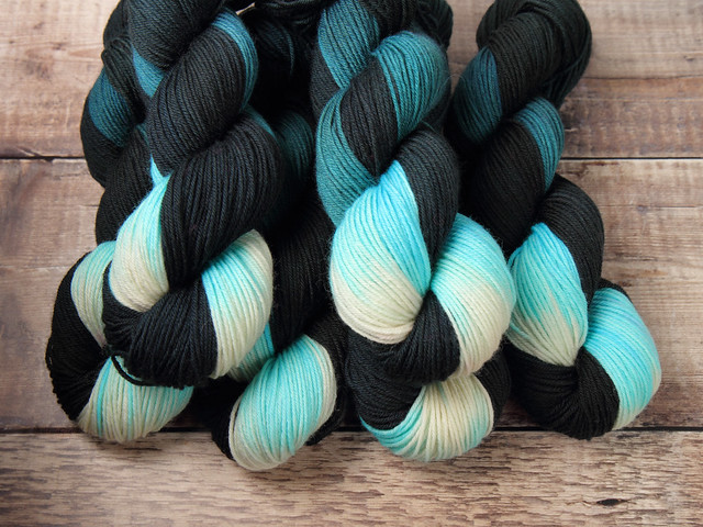 Dynamite DK British pure wool superwash hand-dyed yarn 6 x 100g sweater pack – 'Tsunami'