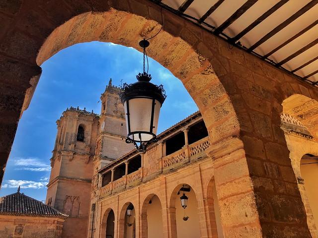 Plaza Mayor de Alcaraz (Albacete)
