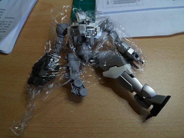 Défi moins de kits en cours : Diorama figurine Reginlaze [Bandai 1/144] *** Nouveau dio terminée en pg 5 - Page 3 43186782874_2c892942bb_z